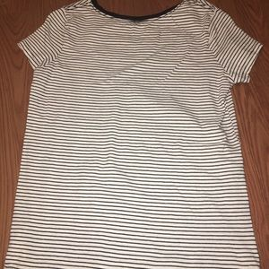 old navy black and white striped tee